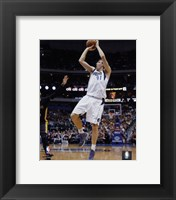 Framed Dirk Nowitzki 2014-15 Action