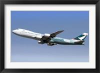 Framed Boeing 747-800