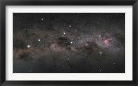 Framed Southern Cross Pointers in the Milky Way