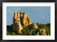Framed Red Rock Formations by UNESCO World Heritage Site