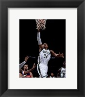 Framed Giannis Antetokounmpo 2015-16 Action