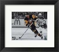 Framed Kris Letang 2015-16 Spotlight Action