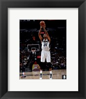 Framed Tim Duncan 2015-16 Action