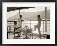 Framed Jeunes Gens sur le Pont d' un Bateau dans la Baie de Monte Carlo, 1920