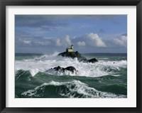 Framed Phare de Tavennec, mer d'Iroise