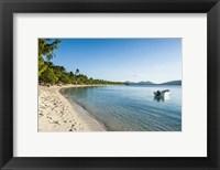 Framed White sand beach, Oarsman Bay, Yasawa, Fiji, South Pacific