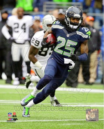 Framed Richard Sherman with the ball 2014 Print