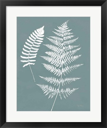 Framed Nature by the Lake Ferns V Gray Mist Crop Print