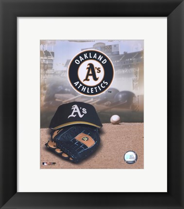 Framed Oakland Athletics - '05 Logo / Cap and Glove Print