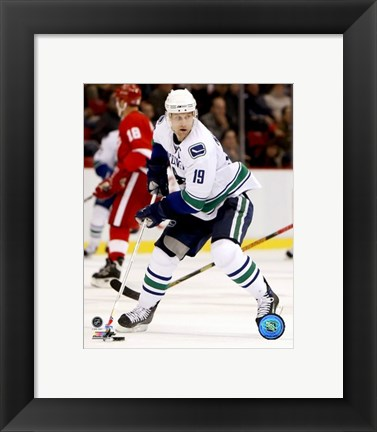 Framed Markus Naslund - 2007 Away Action Print