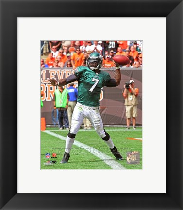 Framed Michael Vick Passing The Football Print