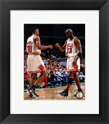 Framed Michael Jordan & Scottie Pippen 1998 Action Print