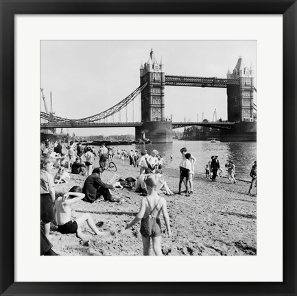 Framed Londoners Relax on Tower Beach, 1952 Print