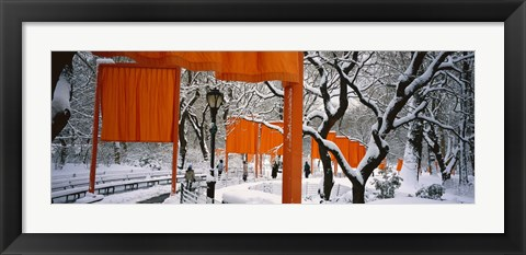 Framed Gates Project in Snow Print
