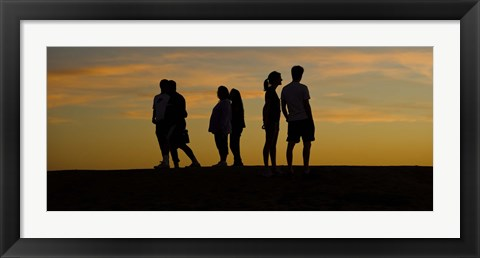 Framed Silhouette of people on a hill, Baldwin Hills Scenic Overlook, Los Angeles County, California, USA Print