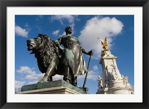 Framed Statue Detail of Queen Victoria Memorial, Buckingham Palace, London, England Print