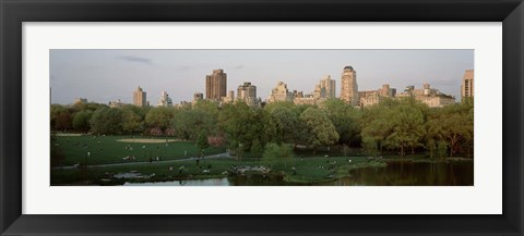 Framed Central Park,e New York City, NY Print