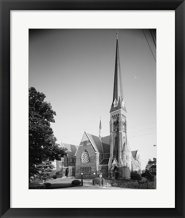 Framed GENERAL VIEW, ELEVENTH ST. FRONT ON LEFT, COURT ST. SIDE ON RIGHT - First Baptist Church, Court and Eleventh Streets, Lynchburg Print