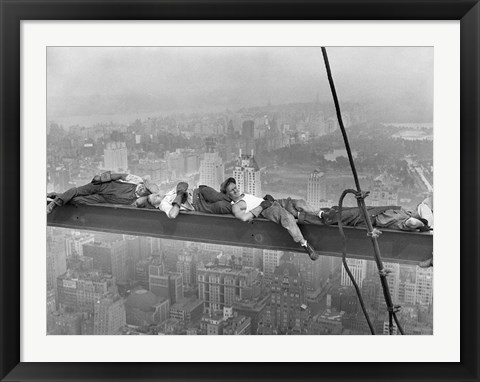 Framed Construction Workers Resting on Steel Beam Above Manhattan, 1932 Print