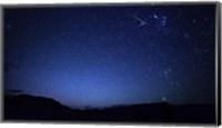 Framed bright sporadic meteor in the patagonic skies of Somuncura, Argentina