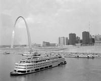 Framed 1960s St. Louis Missouri Gateway Arch Skyline