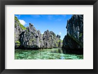 Framed Crystal Clear Water In The Bacuit Archipelago, Philippines
