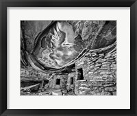 Framed Anasazi Granary, Cedar Mesa, Utah (BW)