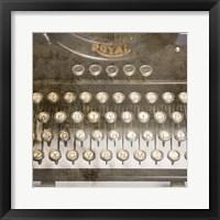 Framed Typewriter 02 Royal keys 2