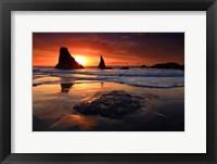 Framed Face Rock Beach, Oregon
