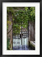 Framed Elegant Canal Entrance