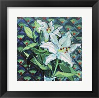 Framed Lily on Pattern