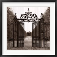 Framed Hampton Gate