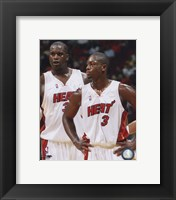 Framed Shaquille O'Neal / Dwyane Wade - Heat - Group Shot