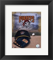 Framed Pittsburgh Pirates - '05 Logo / Cap and Glove