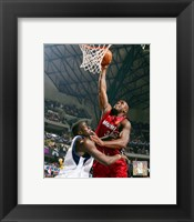 Framed Shaquille O'Neal - 2006 Finals / Game 1 Action (#4)