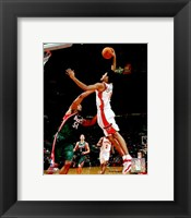 Framed Josh Childress - '06 / '07 Action
