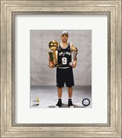 Framed Tony Parker - 2007 Finals With / 2 Trophies (#16)