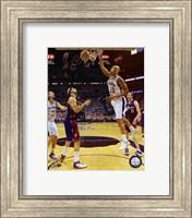 Framed Tim Duncan - 2007 Finals  / Game 1 Action (#4)