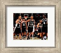 Framed Spurs Celebration - 2007 Finals / Game 3 (#8)