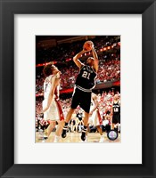 Framed Tim Duncan - 2007 Finals / Game 3 (#10)