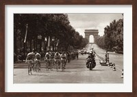 Framed 1975 Tour Finish On The Champs Elysees