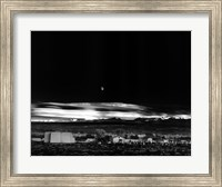 Framed Moonrise, Hernandez