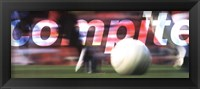 Compete-Futbol (Spanish) Framed Print