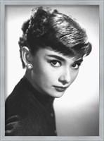 Framed Audrey Hepburn - Close Up (Mural)