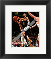 Framed Tony Parker 2008-09 Action