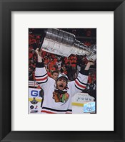 Framed Duncan Keith with the 2010 Stanley Cup (#32)