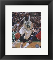Framed Shaquille O'Neal 2010-11 Action