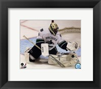 Framed Roberto Luongo 2010-11 Action