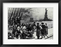 Framed New York - Welcome to the land of freedom - An ocean steamer passing the Statue of Liberty