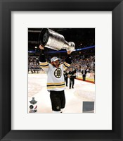 Framed Nathan Horton with the Stanley Cup  Game 7 of the 2011 NHL Stanley Cup Finals(#50)